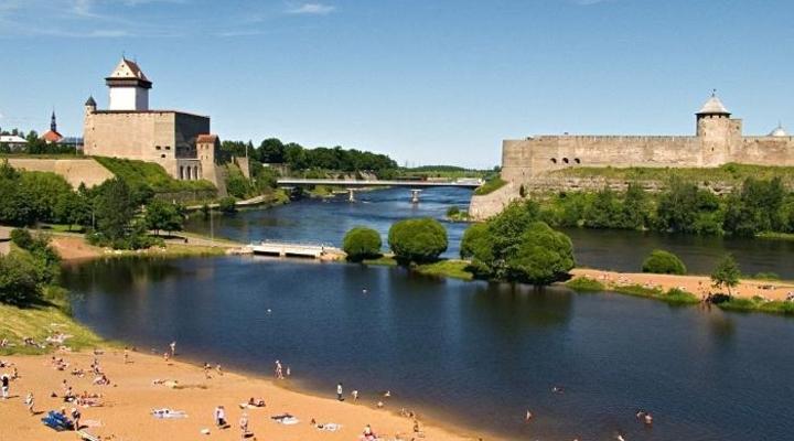 Narva Estland industriestad Fort Narva