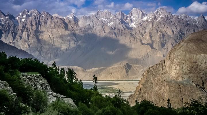 Het prachtige berglandschap van Pakistan