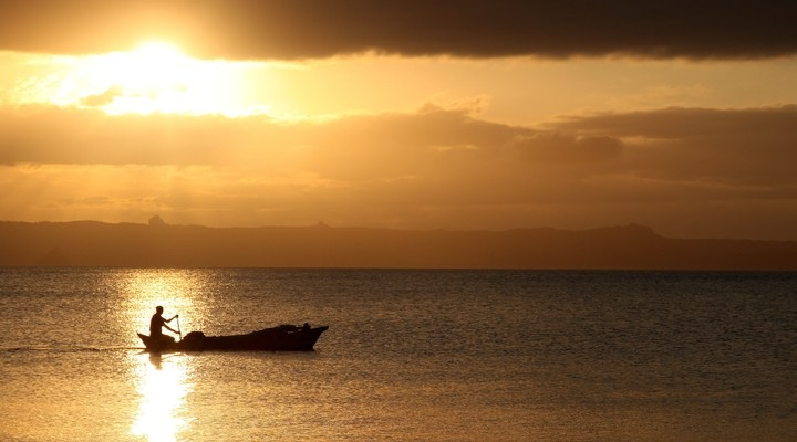 Zonsondergang bij Anakao, Madagaskar