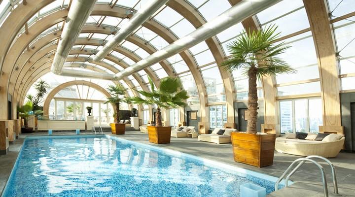 Zwembad Ritz-Carlton