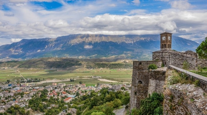 Uitzicht op Gjiokastra Albanie