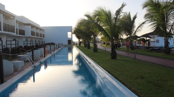 Zwembad van Tweepersoonskamer Deluxe Swim Up
