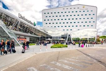 Transavia gaat vliegen op Praag en München vanaf Eindhoven