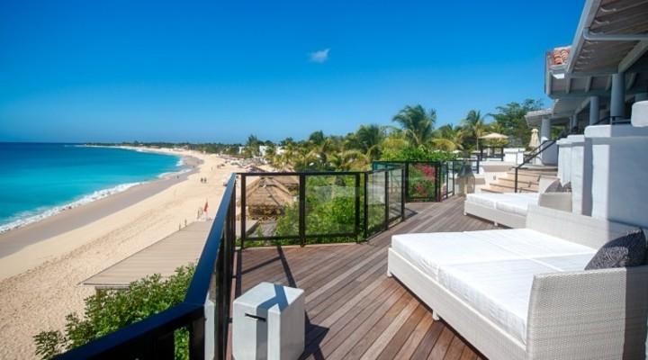 Uitzicht vanuit luxe La Semanna resort St-Maarten
