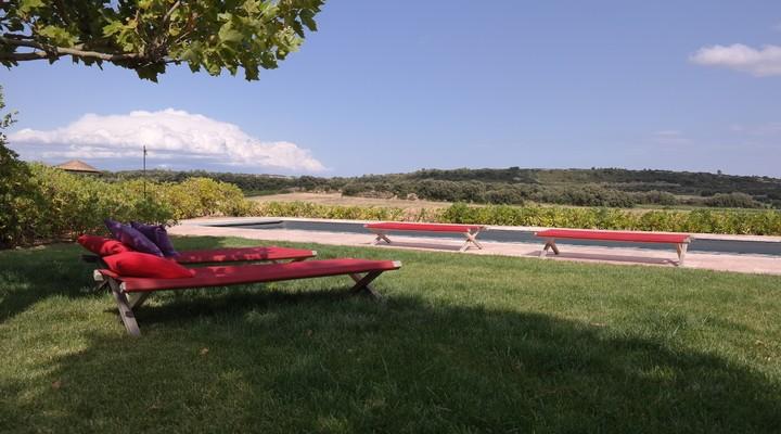 Het zwembad bij Village Castigno