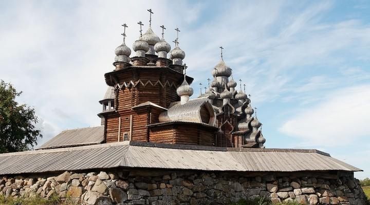 Oude houten tempel Kizhi, Rusland