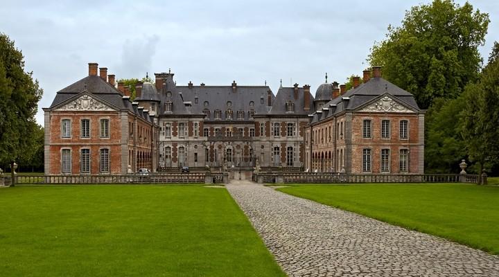 Vooraanzicht van Château de Beloeil