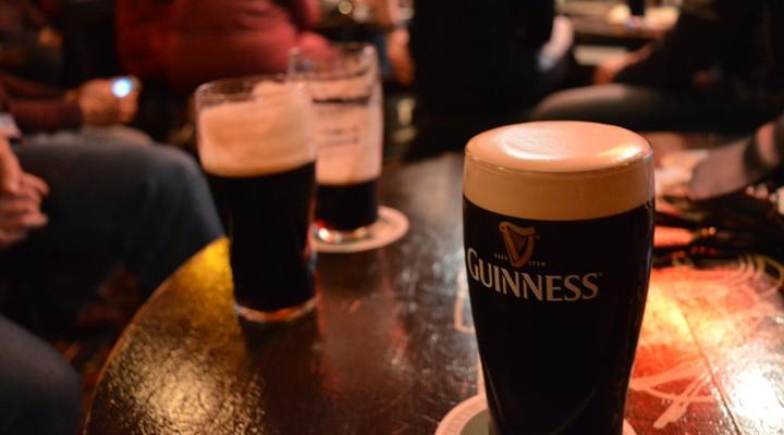 Pint Guinness in de Temple Bar