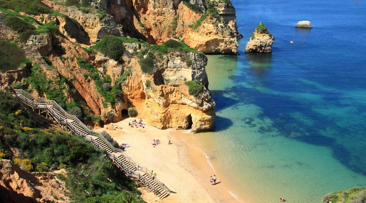 Lagos, strand en rotsen Algarve, Portugal