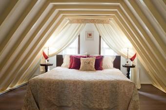 Via Aan Zee kun je nu in een kasteel slapen