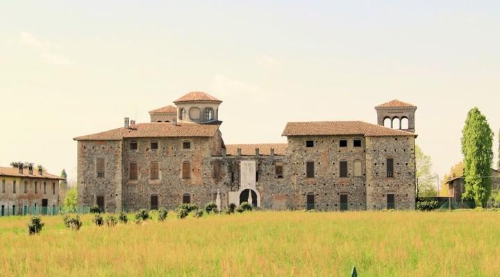 Kasteel in Cavernago in Bergamo-Lombardije