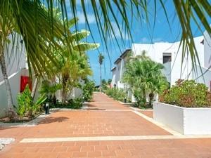 Van der Valk Plaza Beach & Dive Resort Bonaire (v/