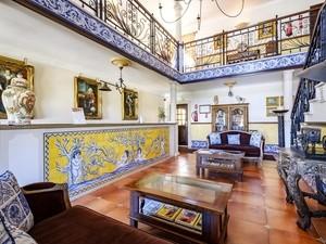 Charming Residence Dom Manuel I