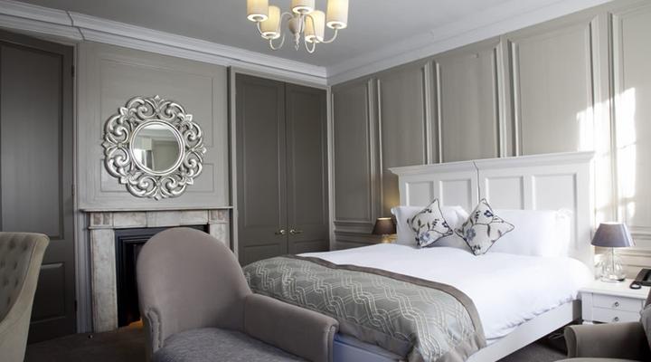 Een van de slaapkamers van het Vanbrugh House Hotel