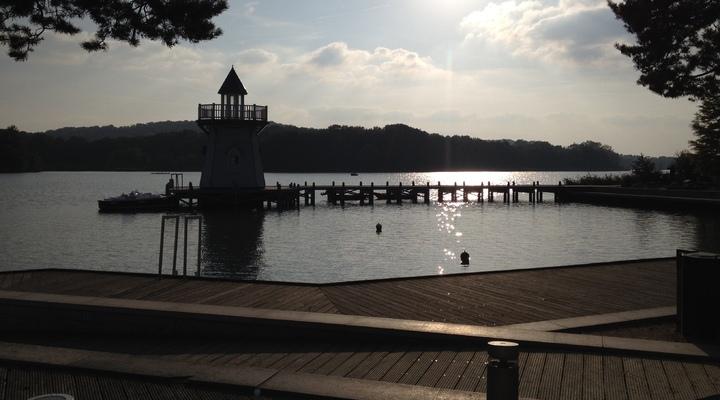 Le Lac d'Ailette is gelegen aan een prachtig meer