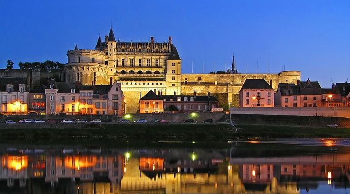 Verlichte kastelen in Loire