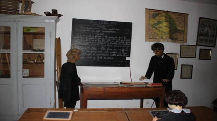 Een van de themakamers in het Museum of Old Lacaune