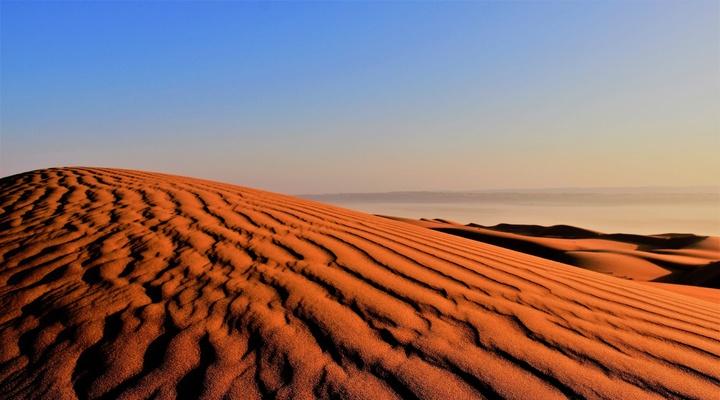 Wahiba woestijn met ochtendlicht