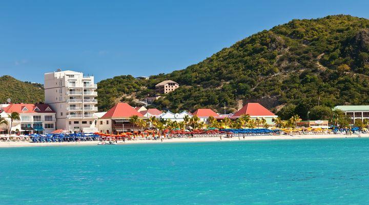Ook Philipsburg op Sint Maarten wordt aangedaan