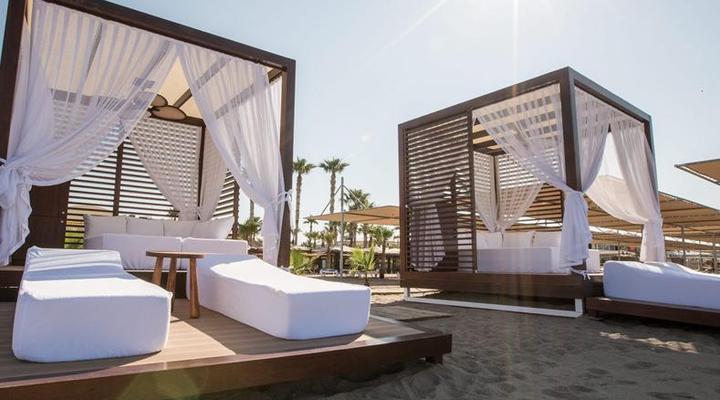 Relaxen op het strand bij TUI BLUE Palm Garden