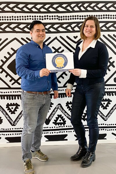 Jeffrey Kusnadi en Anne Tusveld van Visit Sweden
