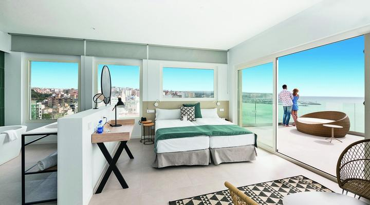 Tweepersoonskamer met zeezicht