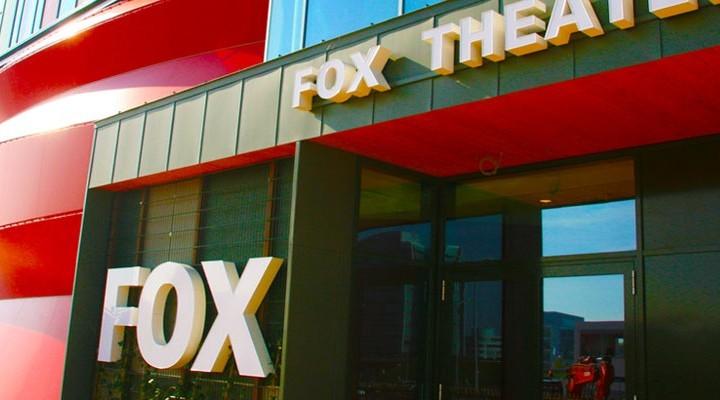 Ingang van het Fox Theater