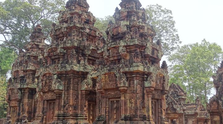 De indrukwekkende Bantey Srei Tempel