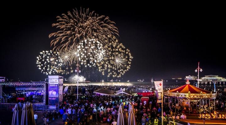 Het Internationale Vuurwerkfestival Scheveningen 201- Peter Baas