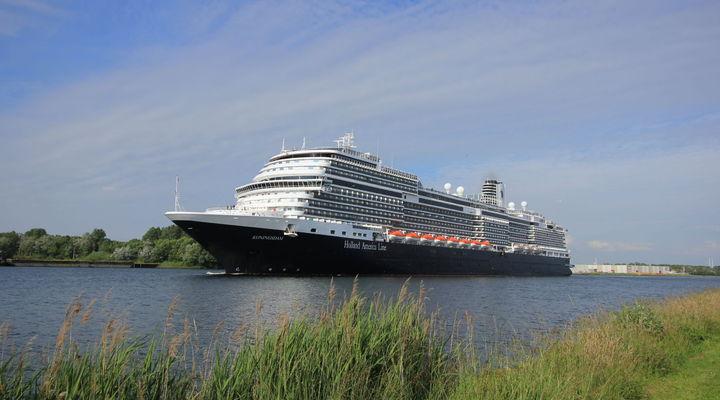 MS Koningsdam van Holland America Line