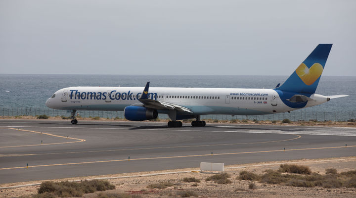 Thomas Cook vliegtuig